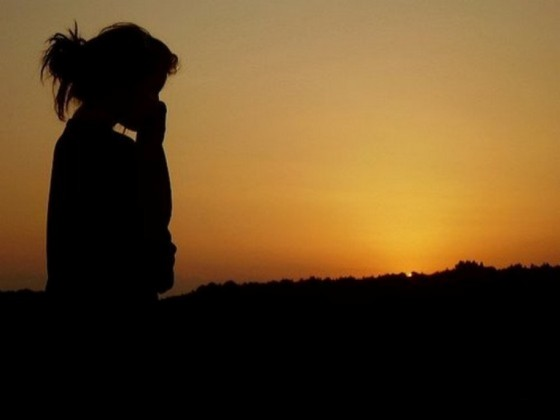Alone-sad-cute-girl-dark-sunset